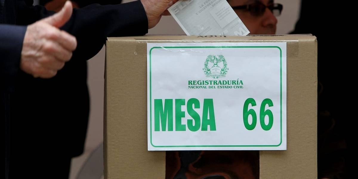 Gustavo Petro e Iván Duque ganan consulta interpartidista en Colombia