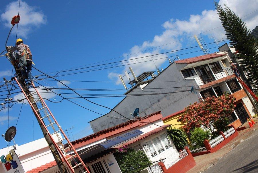 La compañía Celsia adquirió la empresa de energía del Tolima
