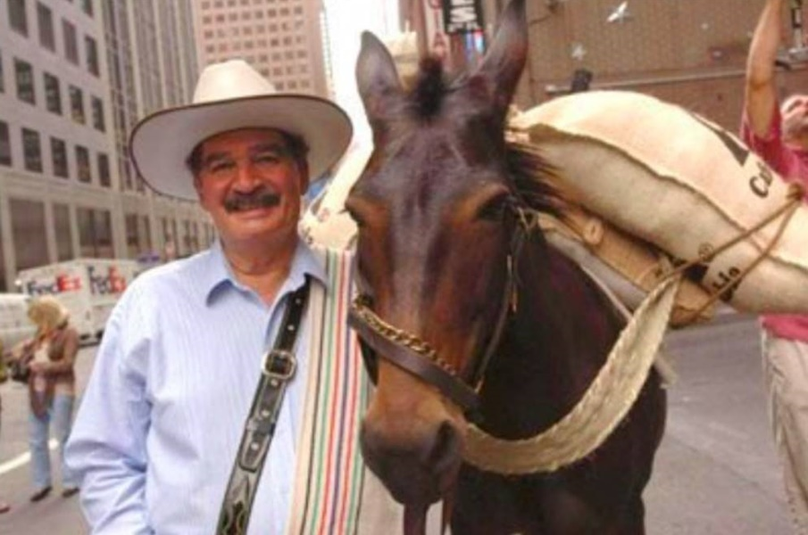 Muere Carlos Sánchez, el hombre que fue 'Juan Valdez' por 37 años