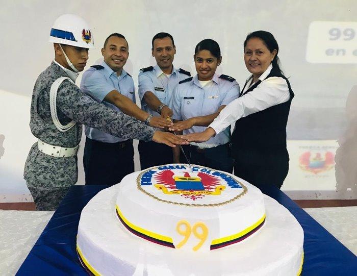 99 años fuerza aerea