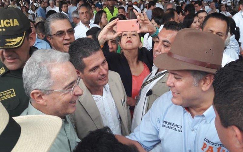 Uribe y Duque en Taller Construyendo País