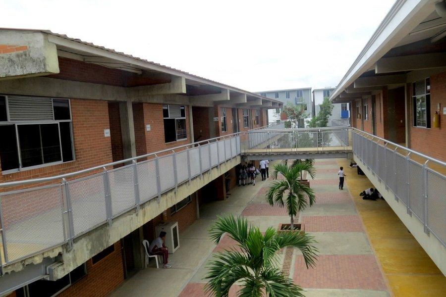 Colegio Comfatolima