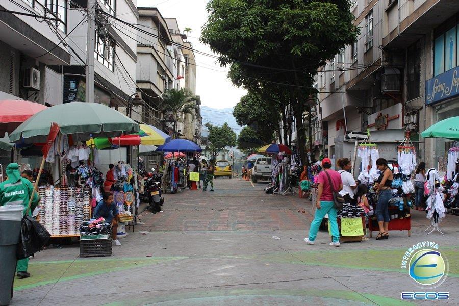 centro ibague, calle 14 ibague, espacio publico ibague, vendedores ambulantes ibague