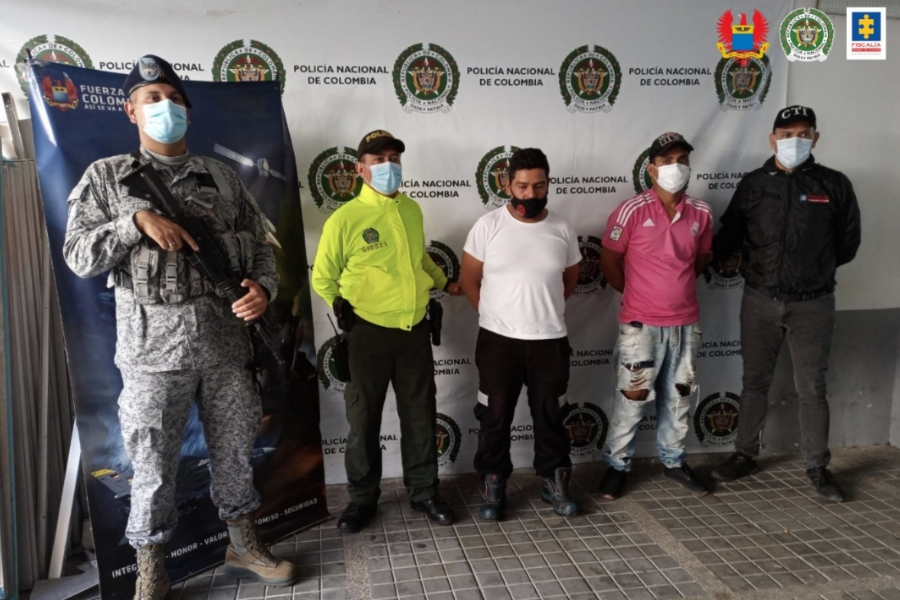 Enviaron a la cárcel dos de Los Aztecas por hurto y porte ilegal de armas  de fuego   Patrimonio Radial del Tolima Ecos del Combeima Ibagué