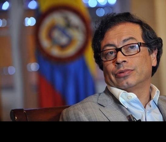 El supuesto ingreso de dineros chavistas a la campaña de Petro desata controversias