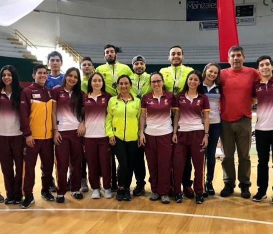 Liga de Esgrima del Tolima logró cinco medallas en el V Escalafón Nacional de Manizales
