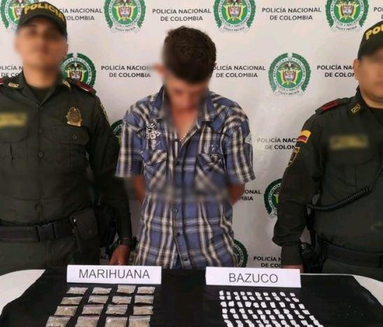 Hombre fue sorprendido por las autoridades con más de 100 dosis de bazuco en el barrio Villa Prado