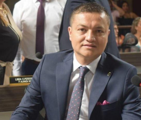 """""""El virus está ahí, pero la economía hay que reactivarla"""": concejal Arturo Castillo"""