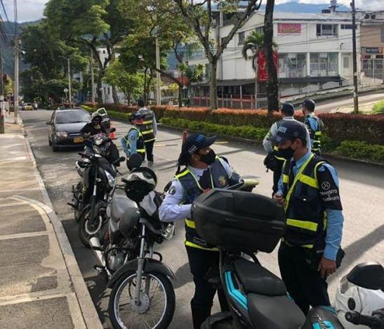 Agentes 'azules' regularán la movilidad durante este miércoles en la capital del Tolima