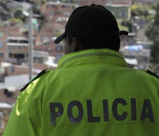Policía borracho en Colombia