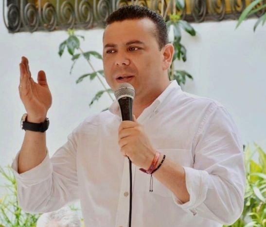"""""""Cuando se escucha a Carlos Reyes referirse al gobernador se oye con odio y afanes electorales"""": Alexander Castro"""