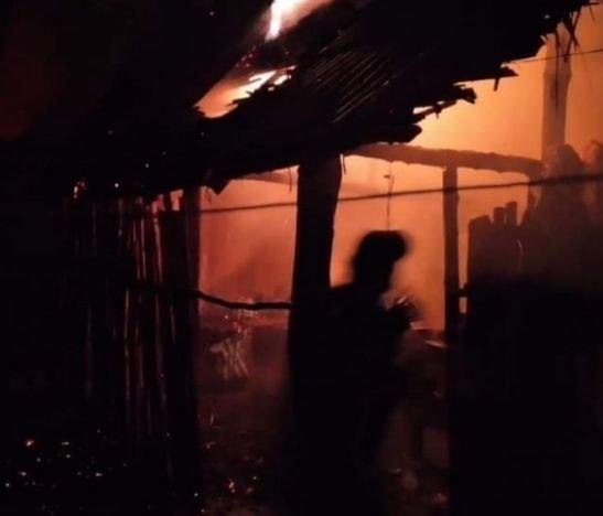 Incendio consumió una humilde vivienda del municipio de San Luis