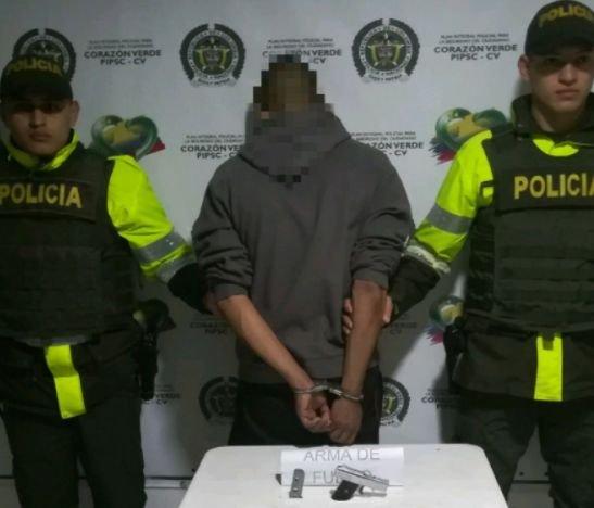 Sujeto fue capturado con una mini pistola en el norte del Tolima