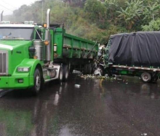 Autoridades reportan cierres en la vía Ibagué - Alto de la Línea en la mañana de hoy