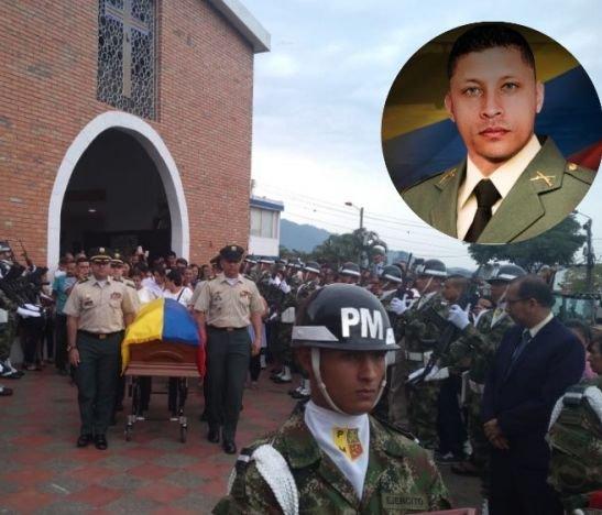 Como a un héroe despidieron al Sargento Segundo Álvaro Alexánder Hernández Parra
