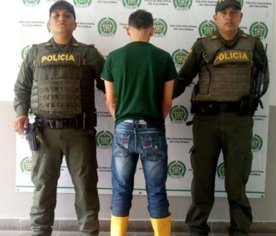 Sujeto fue capturado en la guardia de la escuela Gabriel González