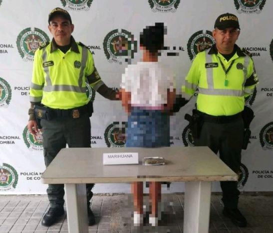 Mujer fue sorprendida con cerca de 800 dosis de marihuana