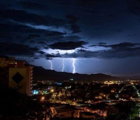 Llovió fuerte en Ibagué y se presentaron múltiples emergencias