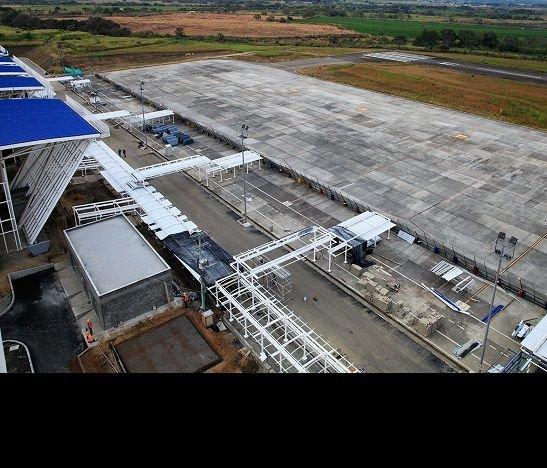 Perales y otros cuatro aeropuertos de Colombia serían concesionados por Aerocali
