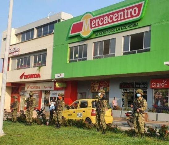 Militarizaron la periferia de supermercados y plazas de mercado en Ibagué