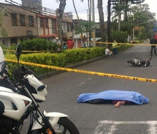 Delicado accidente en el día sin carro y sin moto dejó a una persona muerta
