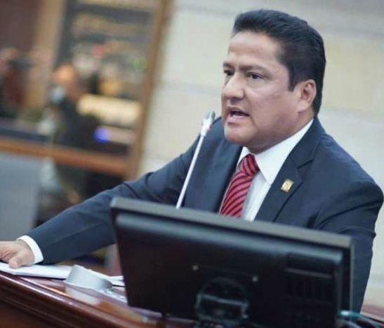 Aquileo Medina solicita al Ministro de Salud más UCI para hospitales del Tolima