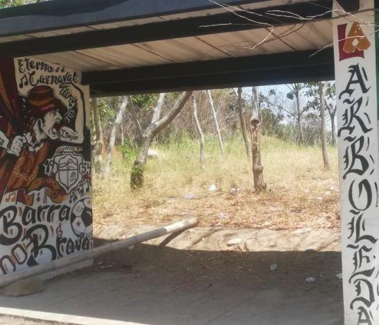 Habitantes de La Arboleda Campestre, sector El Samán, denuncian invasión de jíbaros, consumidores y atracadores