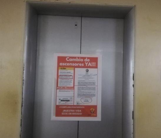 Por más de 15 minutos se quedaron encerrados funcionarios en el ascensor de la Gobernación