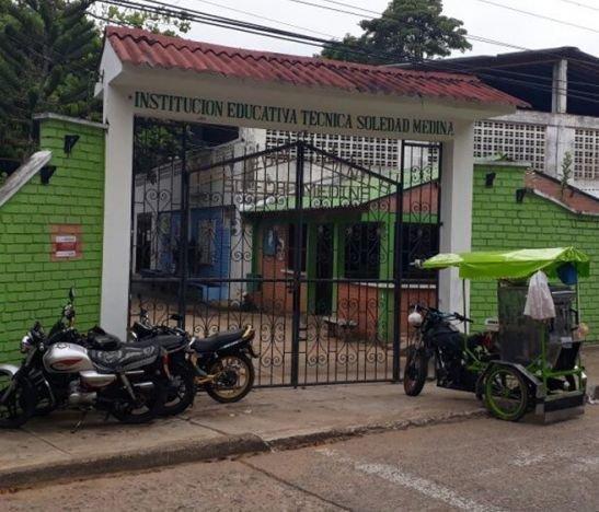 Sujetos armados atracaron en colegio nocturno de Chaparral