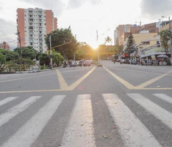 Taxistas desbloquean las vías con el compromiso de iniciar mesa de dialogo con la Alcaldía