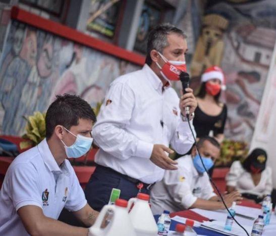Fábrica de Licores del Tolima lanzó campaña de navidad