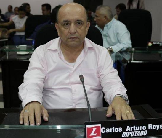Diputado Carlos Reyes
