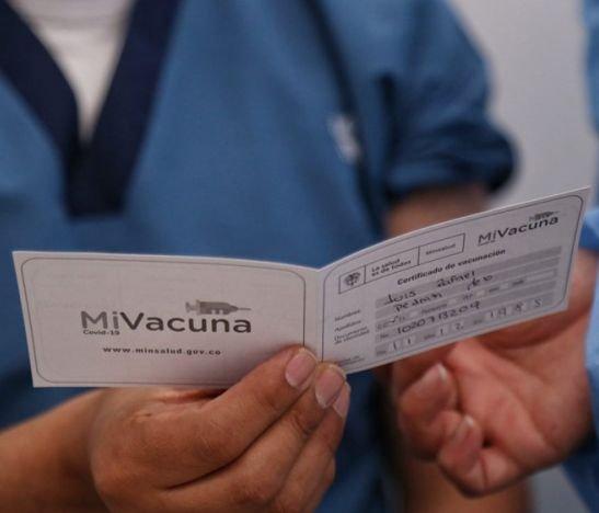 El Tolima contempla carné de vacunación para ingreso a establecimientos de comercio