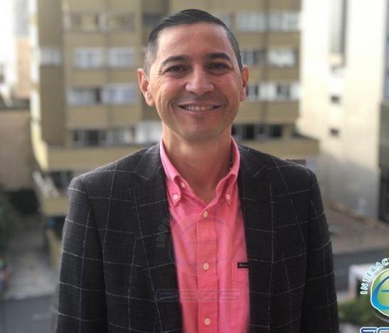 """""""Estamos del lado de los empresarios"""": Andrés Hurtado ante la crisis económica que afrontan"""