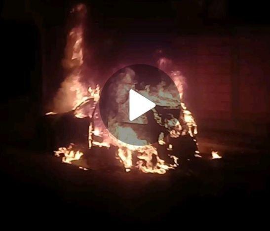 Una menor herida dejó el incendio de un automóvil en el norte de Ibagué