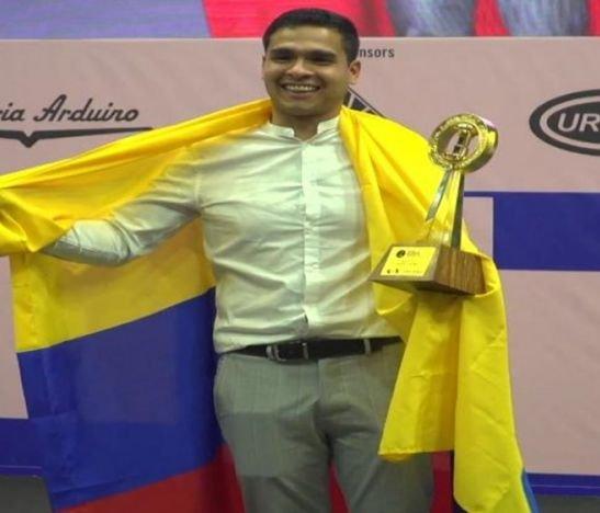 ¡Qué orgullo! El barista tolimense, Diego Campos, se convirtió en el nuevo Campeón Mundial de Barismo