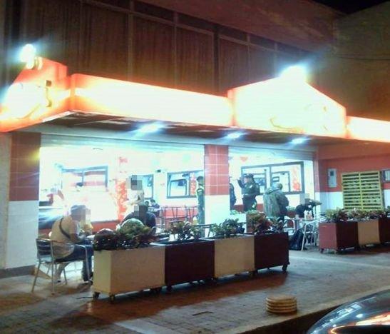 Delincuentes asaltaron un local de comidas en la 64 con Ambalá
