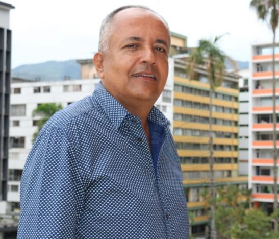 """""""Las TIC son muy importantes porque es un renglón fundamental para construir la competitividad"""": Óscar Barreto"""