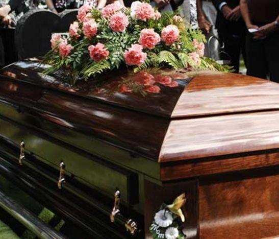 Gobierno  plantea que hasta por morirse habrá que pagar IVA