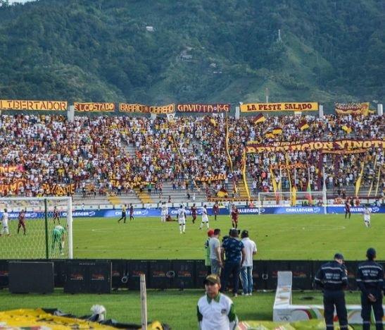 Aficionado denuncia presuntas arbitrariedades de la Policía dentro del estadio Manuel Murillo Toro