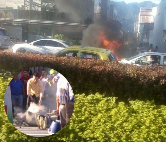 Motocicleta se incendio en plena carrera Quinta de Ibagué