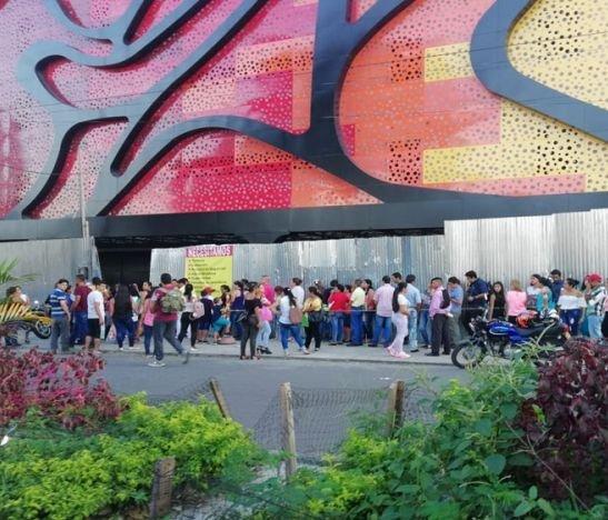 Tres mil hojas de vida presentaron ibaguereños para acceder a 100 empleos que está ofertando un nuevo motel en la ciudad