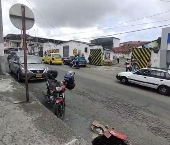 Conductores de Ibagué piden que en la calle 42 con carrera sexta se restringa el giro hacia la izquierda desde el carril ascendente
