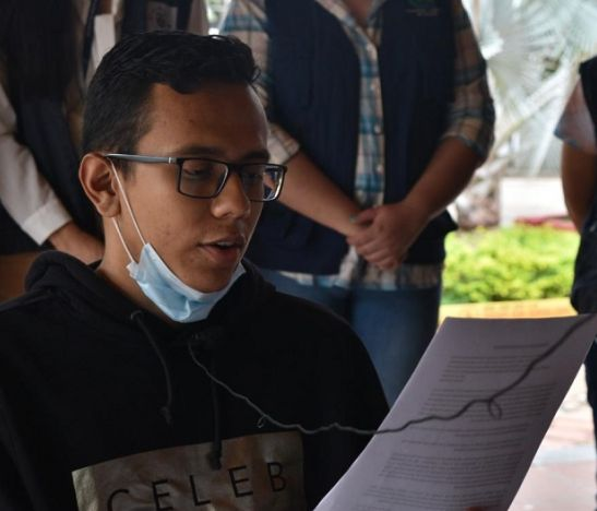 Estudiante Juan Pablo Monje terminó la huelga de hambre