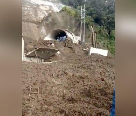 Vía entre Tolima y Quindío está cerrada