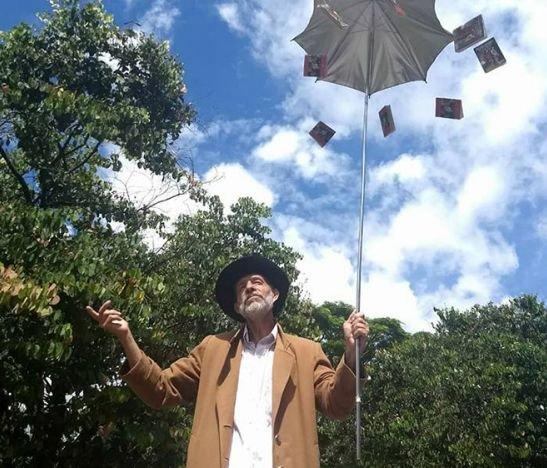 Javier Bejarano, El Hombre Del Arte Dramático En La UT