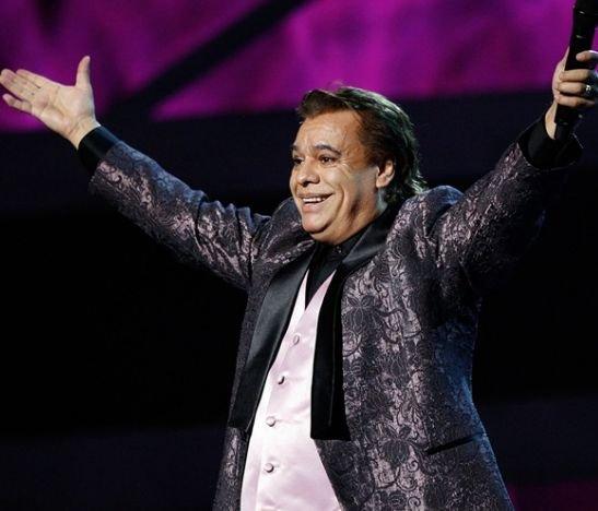 Exsecretario de Juan Gabriel dice que se reunió con el artista y cambió día de reaparición