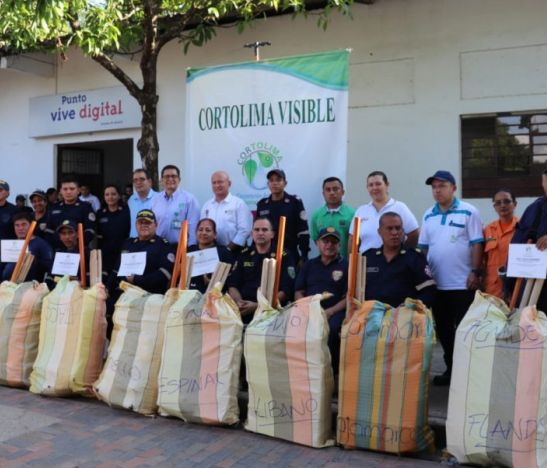 Cortolima entregó kit de emergencias para enfrentar la próxima temporada de menos lluvias