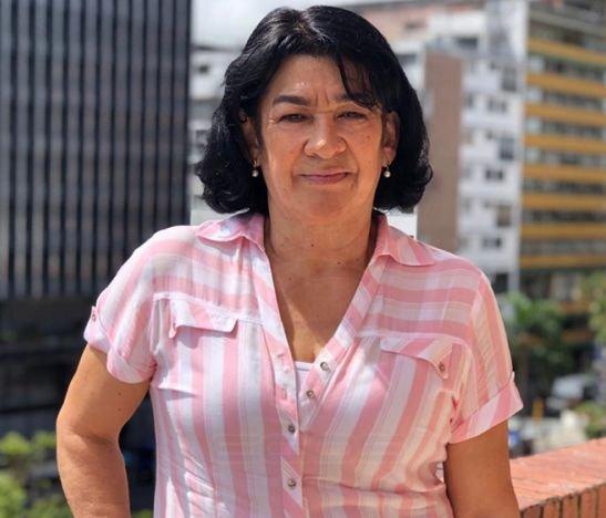 Columnista Laura Castro