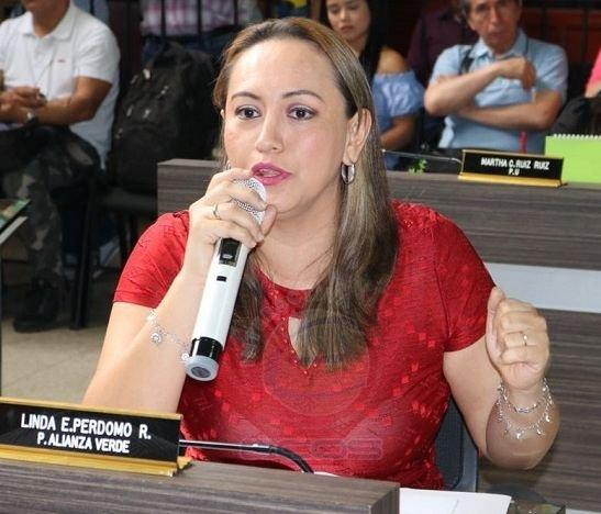 """""""En Ibagué nunca se presentan las grandes empresas pese a que tenemos mejor precio por ración que Bogotá"""": Linda Perdomo"""